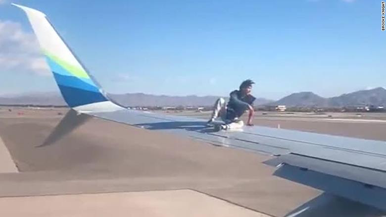 Why this flight to Portland was delayed