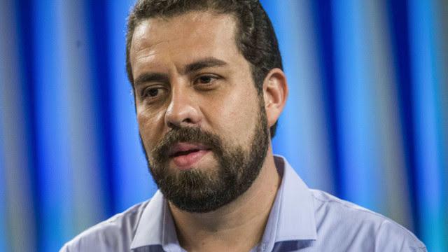 Juiz condena blogueiro a pagar R$ 15 mil a Boulos por acusações falsas na eleição
