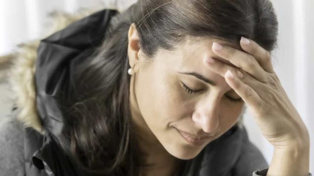 Mulheres de meia-idade têm sintomas mais persistentes da Covid-19
