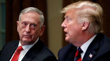 El secretario de Defensa y el presidente de EE.UU., James Mattis y Donald Trump, 23 de octubre de 2018.