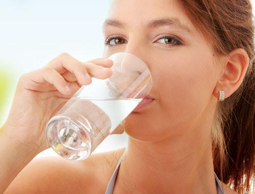 Mẹo chữa nấc cụt hiệu quả bạn không nên bỏ qua