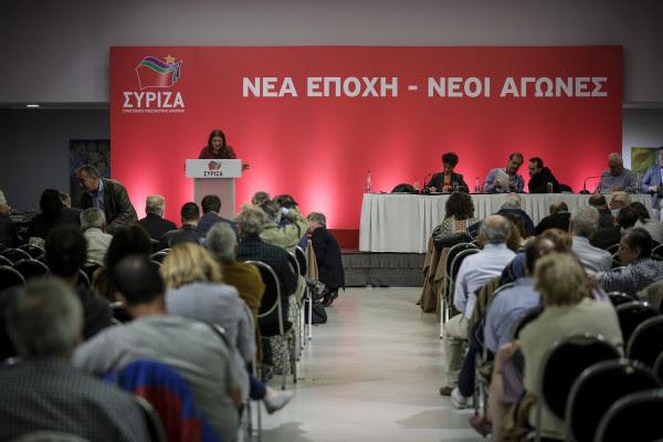 Στην πρώτη γραμμή η Αχτσιόγλου - Πώς βλέπουν στο ΣΥΡΙΖΑ τις εξελίξεις στο ΚΙΝΑΛ