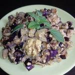 Баклажаны с орехово-чесночным соусом