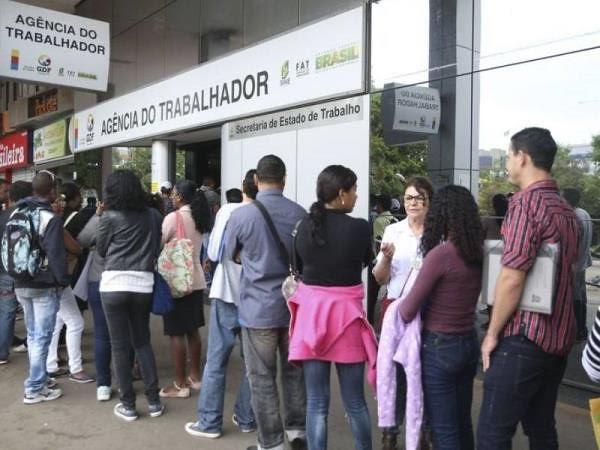 Para atender o interesse dos patrões, a reforma desfigurou a CLT e não resolveu a crise - Créditos: Agência Brasil / José Cruz