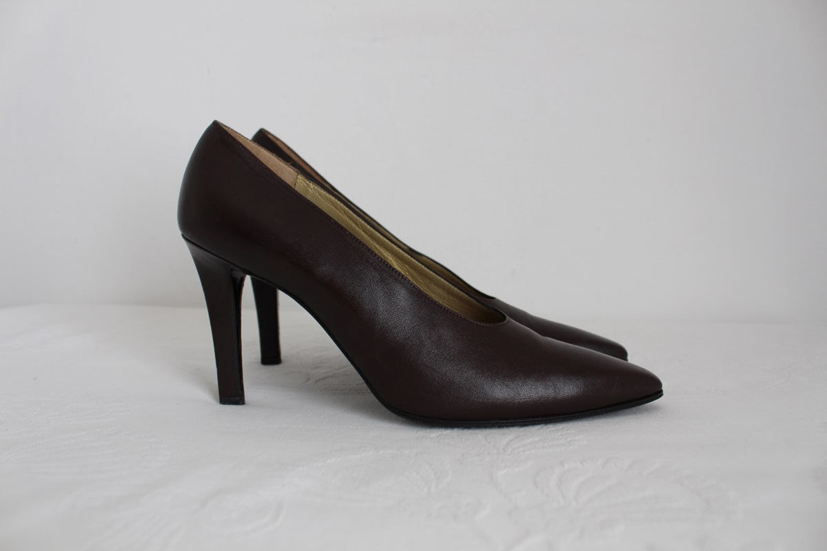 YVES SAINT LAURENT HEELS - SIZE 5