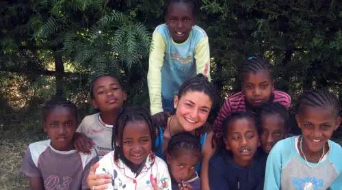Joven de éxito lo deja todo para evangelizar en Etiopía: Ahora soy feliz de verdad