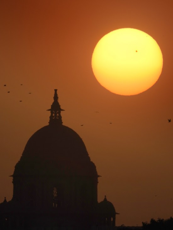AR2529 on April 12, 2016 by Abhinav Singhai in New Delhi, India.