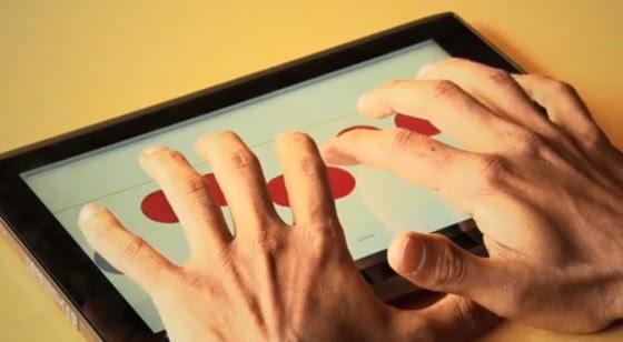 O aplicativo iBrailler Notes funciona de uma forma simples, colocando o teclado sempre embaixo dos dedos do usuário.