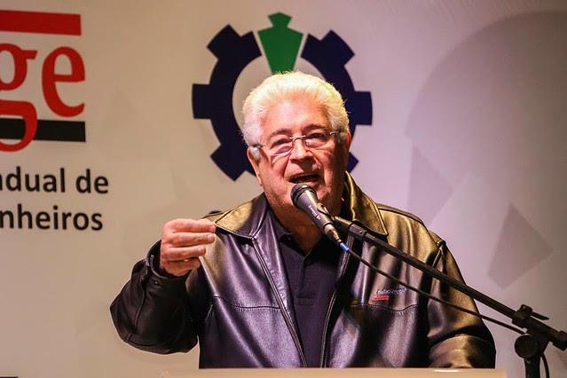 Em palestra no 11º Congresso Nacional de Sindicatos de Engenheiros, Requião defendeu a soberania nacional e criticou colegas de partido - Créditos: Joka Madruga
