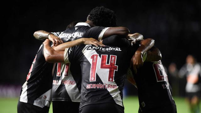 Vasco vence Goiás, ganha a 2ª consecutiva e se aproxima do G-4