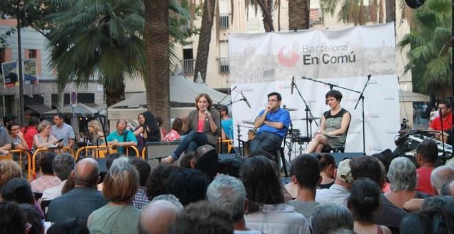 La alcaldesa de Barcelona y los concejales Gerardo Pisarello y Gala Pin detallan el proceso de aprendizaje y algunas de las medidas tomadas.-