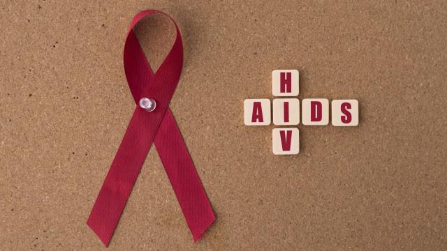 Câmara aprova sigilo sobre condição de pessoa com HIV e hepatites