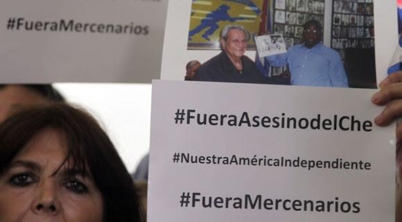 Participantes en el Foro de la Sociedad Civil piden la expulsión de Félix Rodríguez. Foto: Ismael Francisco/ Cubadebate