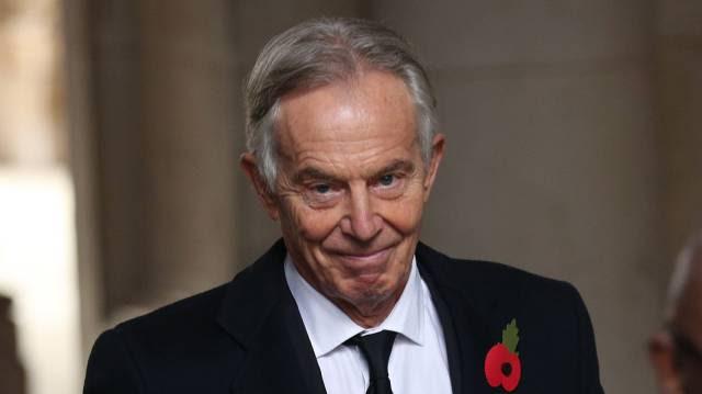 """Tony Blair: """"Reino Unido não abriria mão de controlar vacinas"""""""